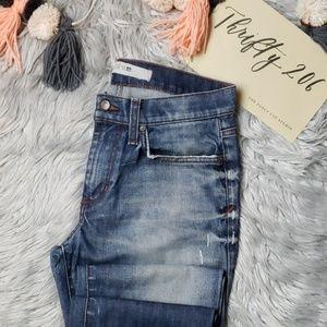 ⬇️ [Joe's] Brixton Straight Leg Jeans